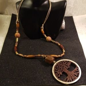 Jewelry - Tree of life charm Necklace